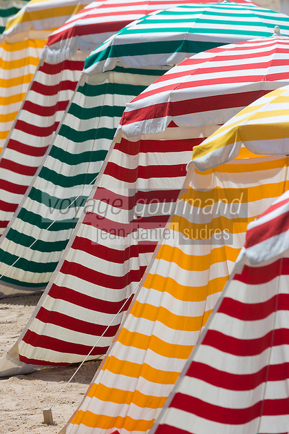 France, Aquitaine, Pyrénées-Atlantiques, Pays Basque, Biarritz: La Grande Plage , Parasols de plage //  France, Pyrenees Atlantiques, Basque Country, Biarritz: The Grande Plage , Beach umbrellas