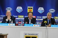 VOETBAL: LEEUWARDEN: 26-10-2014, Canbuurstadion, Cambuur - Feyenoord, uitslag 0-1, Jan Straatsma (perschef Cambuur), Henk de Jong (trainer Cambuur), Fred Rutten (trainer Feyenoord), ©foto Martin de Jong
