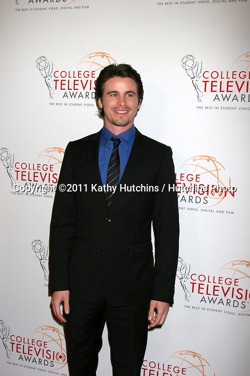 LOS ANGELES - APR 9:  Jason Ritter arriving at the 32nd Annual College Television Awards at Renaissance Hotel Hollywood  on April 9, 2011 in Los Angeles, CA