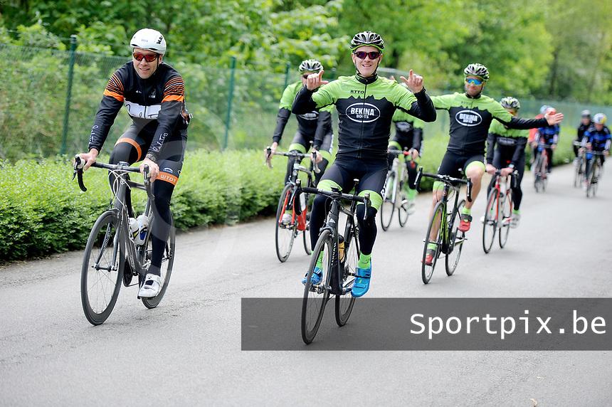 20180501 - DOORNIK , BELGIUM : Triathletes Bekina Triathlon Team Oudenaarde pictured during The Belgian Championship Team Triathlon Man and Women , a Team Triathlon in Doornik , Tuesday 1 st May 2018 , PHOTO SPORTPIX.BE   STIJN AUDOOREN