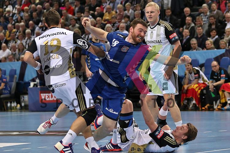 Kiel, 95.02.15, Sport, Handball, Champions League, Gruppenphase, THW Kiel - HC Meshkov Brest : Rasmus Lauge (THW Kiel, #19),  Rastko<br />  Stojkovic (HC Meshkov Brest, #18), Filip Jicha (THW Kiel, #39)<br /> <br /> Foto &copy; P-I-X.org *** Foto ist honorarpflichtig! *** Auf Anfrage in hoeherer Qualitaet/Aufloesung. Belegexemplar erbeten. Veroeffentlichung ausschliesslich fuer journalistisch-publizistische Zwecke. For editorial use only.