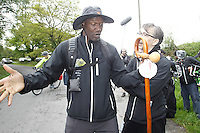 Fecha: 04-05-2015. . Moncho Fernández coach team of basketball of the city of Santiago de Compostela, was a meeting point for walking as a pilgrim with Terry Porter towards Santiago de Compostela. In the photo the two coaches and players