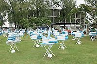 4-3-09,Argentina, Buenos Aires, Daviscup  Argentina-Netherlands, Rain, troosteloze aanblik van het terras