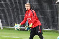 Torwart Jan Zimmermann (Eintracht Frankfurt) - 10.10.2017: Eintracht Frankfurt Training, Commerzbank Arena