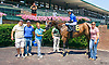 Aunt Lois winning at Delaware Park on 7/31/17