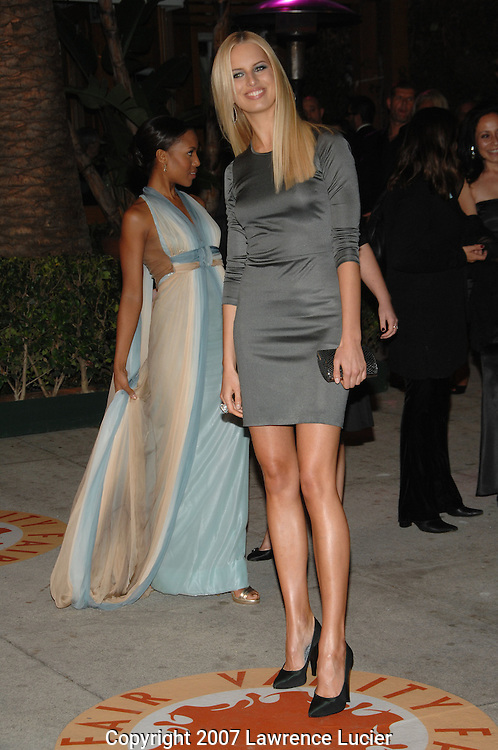 Karolina Kurkova attends the 2007 Vanity Fair Oscar Party held at Morton's Steakhouse in Los Angeles, CA, USA on February 25, 2007... (Pictured : KAROLINA KURKOVA).