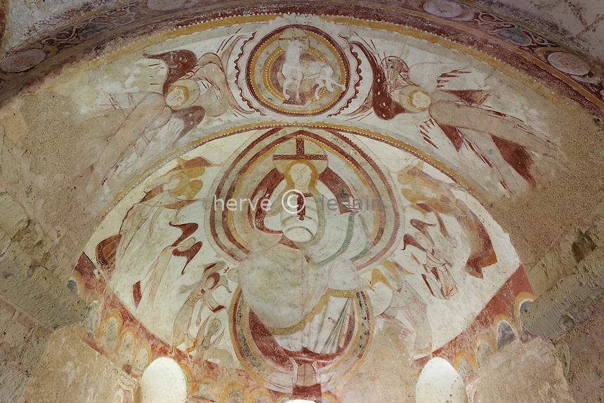 France, Loir-et-Cher (41), Montoire-sur-le-Loir, Chapelle Saint-Gilles, fresques romanes // France, Loir et Cher, Montoire sur le Loir, Saint Gilles chapel, frescoes