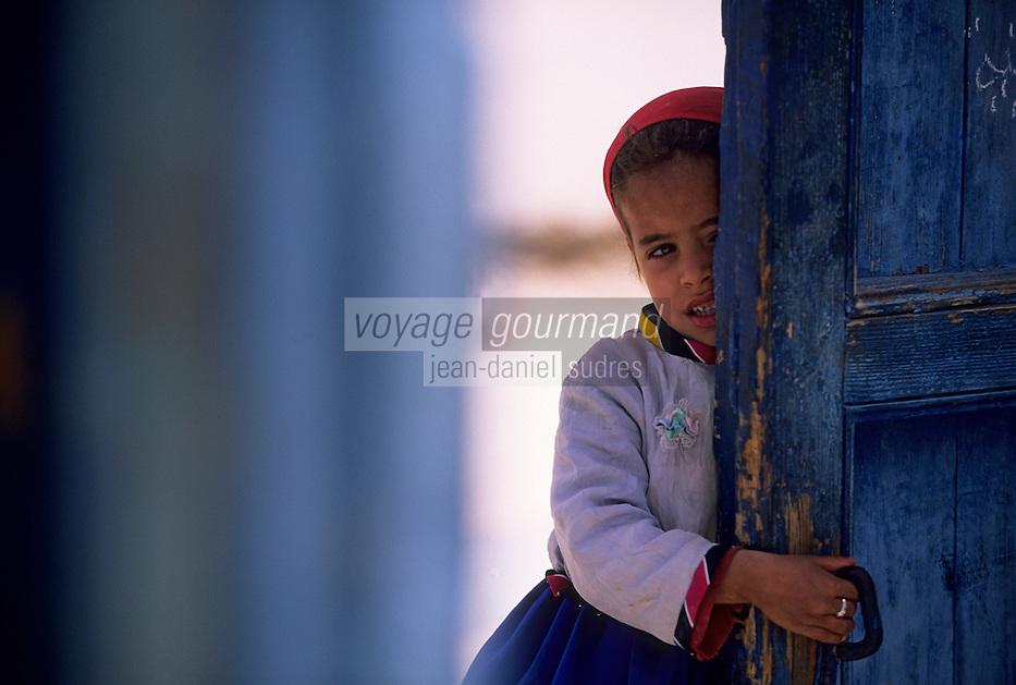 Afrique/Maghreb/Maroc/Essaouira : Enfant dans la Médina