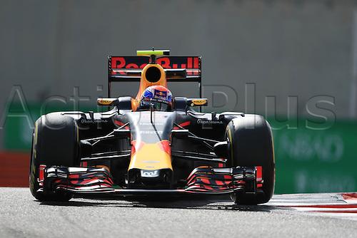 25.11.2016. Abu Dhabi, UAE. Formula 1 Grand Prix of Abu Dhabi. Free Practise.  Red Bull Racing RB12 – Max Verstappen