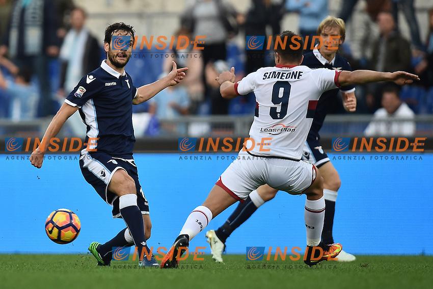 Marco Parolo Lazio, Giovanni Simeone Genoa <br /> Roma 20-11-2016  Stadio Olimpico <br /> Campionato Serie A Lazio - Genoa <br /> Foto Andrea Staccioli / Insidefoto