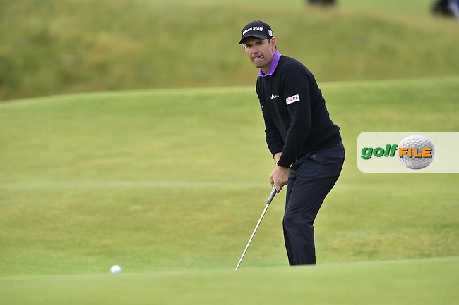 Padraig HARRINGTON (IRL) putts on the 12th green during Friday's Round 2 of the 144th Open Championship, St Andrews Old Course, St Andrews, Fife, Scotland. 17/07/2015.<br /> Picture Eoin Clarke, www.golffile.ie