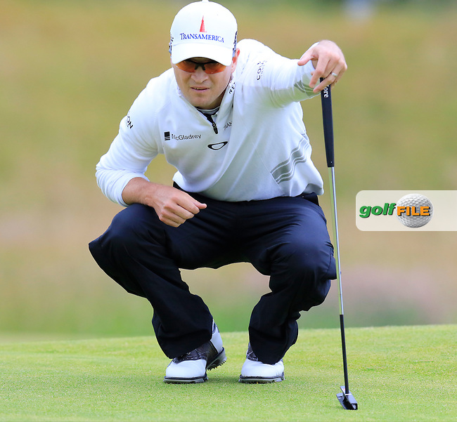 Zach JOHNSON (USA) lines up his putt on the 17th green during Monday's Final Round of the 144th Open Championship, St Andrews Old Course, St Andrews, Fife, Scotland. 20/07/2015.<br /> Picture Eoin Clarke, www.golffile.ie
