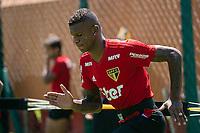 SÃO PAULO, SP, 12.03.2019: TREINO DO SÃO PAULO -SP- O jogador Arboleda, durante o treino do São Paulo no CT da Barra Funda, em São Paulo (SP), nesta terça-feira (12). (Foto: Marivaldo Oliveira/Código19)