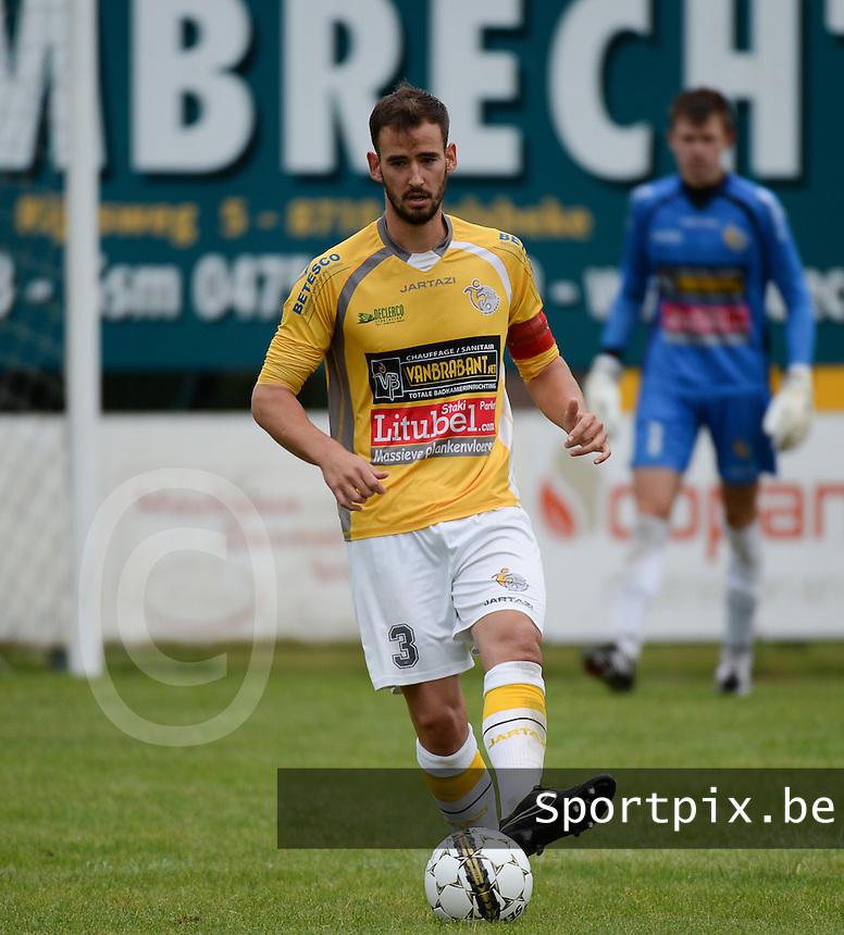 SC Wielsbeke  : Ben Mestdag <br /> Foto VDB / Bart Vandenbrouckeoucke