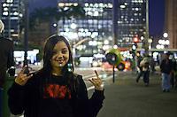 SAO PAULO, 13 DE JULHO DE 2012 - DIA DO ROCK - Movimentacao na regiao da Galeria do Rock, na rua 24 de maio, regiao central, na noite desta sexta feira (13), dia do rock. FOTO: ALEXANDRE MOREIRA - BRAZIL PHOTO PRESS