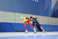 SCHAATSEN: SALT LAKE CITY: Utah Olympic Oval, 12-11-2013, Essent ISU World Cup, training, Bart Swings (BEL), Ewen Fernandez (FRA), ©foto Martin de Jong