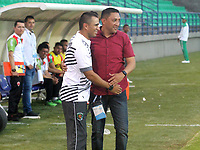 MONTERÍA - COLOMBIA ,31-08-2019: Diego Corredor director técnico de Patriotas Boyacá y Jhon Jairo Bodmer director técnico de  Jaguares de Córdoba durante partido por la fecha 9 de la Liga Águila II 2019 jugado en el estadio Municipal Jaraguay de Montería . / Diego Corredor coach of Patriotas Boyaca and Jhon Jairo Bodmer coach of of  Jaguares of Cordoba during the match for the date 9 of the Liga Aguila II 2019 played at Municipal Jaraguay Satdium in Monteria City . Photo: VizzorImage / Contribuidor.