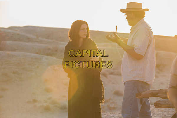 Last Days in the Desert (2015)<br /> Ayelet Zurer and Director Rodrigo Garc&iacute;a work out a scene on the set of t<br /> *Filmstill - Editorial Use Only*<br /> CAP/KFS<br /> Image supplied by Capital Pictures
