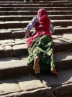 Pilger zum Ganesha-Tempel, Fort Ranthambhore, Rajasthan, Indien