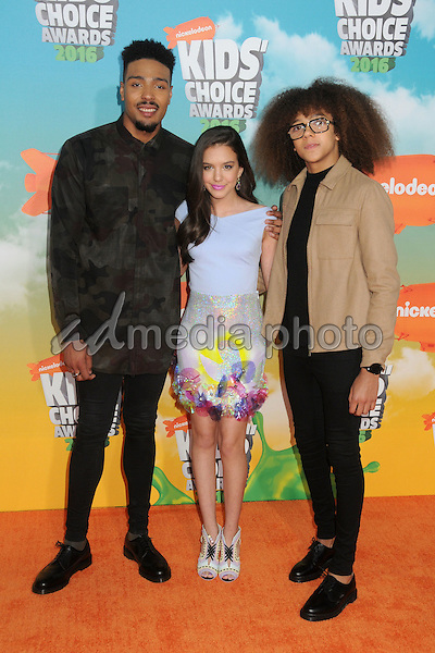 12 March 2016 - Inglewood, California - Jordan Banjo, Lilimar Hernandez, Perri Kiely. 2016 Nickelodeon Kids' Choice Awards held at The Forum. Photo Credit: Byron Purvis/AdMedia