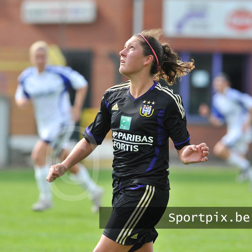 Rassing Harelbeke - RSC Anderlecht :  Laurence Marchal.fotografe Joke Vuylsteke - vrouwenteam.be