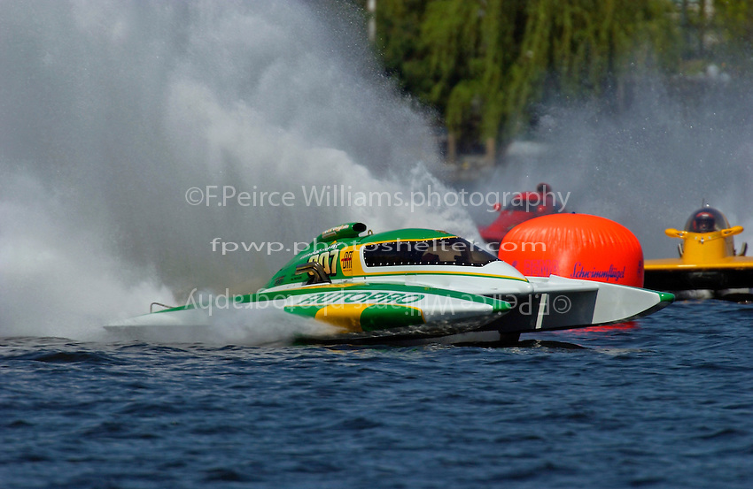 Claude Bergeron, CE-007, 5 Litre class hydroplane..Lake Hopatcong, NJ USA 17 May, 2003.©F. Peirce Williams 2003..F. Peirce Williams .photography.P.O.Box 455 Eaton, OH 45320.p: 317.358.7326  e: fpwp@mac.com.