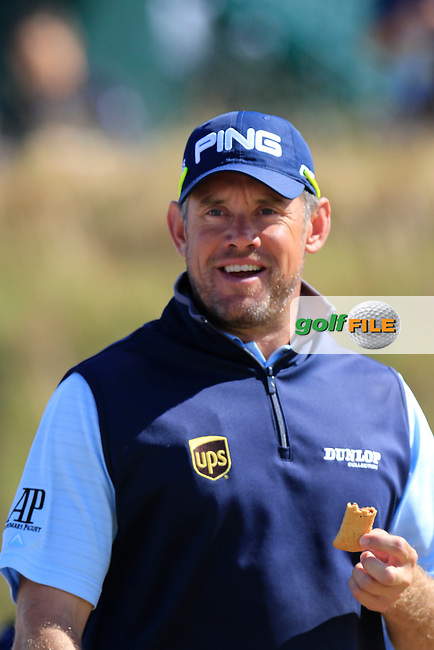LEE WESTWOOD (ENG) takes the biscuit on the 6th tee during Friday's Round 2 of the 2015 U.S. Open 115th National Championship held at Chambers Bay, Seattle, Washington, USA. 6/19/2015.<br /> Picture: Golffile | Eoin Clarke<br /> <br /> <br /> <br /> <br /> All photo usage must carry mandatory copyright credit (&copy; Golffile | Eoin Clarke)