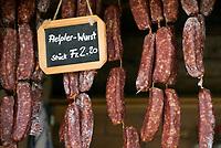 CHE, SCHWEIZ, Kanton Bern, Berner Oberland, heimische Spezialitaet: Aelpler Wurst | CHE, Switzerland, Bern Canton, Bernese Oberland, local speciality: Aelpler sausage