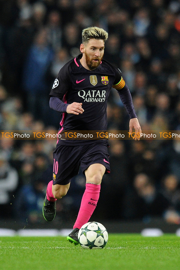 Lionel Messi of FC Barcelona controls the ball during Manchester City vs FC Barcelona, UEFA Champions League Football at the Etihad Stadium on 1st November 2016