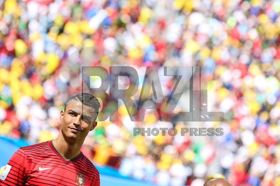 BRASILIA, DF, 26.06.2014 - COPA DO MUNDO - PORTUGAL - GANA  - Cristiano Ronaldo de Portugal durante partida contra Gana valida pela terceira Rodada do Grupo G da Copa do Mundo no Estadio Nacional de Brasilia, na tarde desta quinta-feira, 26. (Foto: William Volcov / Brazil Photo Press).