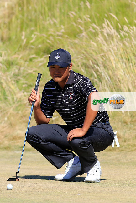 Gunn Yang (AM)(KOR) on the 6th green during Friday's Round 2 of the 2015 U.S. Open 115th National Championship held at Chambers Bay, Seattle, Washington, USA. 6/20/2015.<br /> Picture: Golffile | Eoin Clarke<br /> <br /> <br /> <br /> <br /> All photo usage must carry mandatory copyright credit (&copy; Golffile | Eoin Clarke)