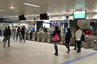 SAO PAULO, SP, 05-06-2014, GREVE METRO.   Na estação Republica do Metro, somente a linha 4 Amarela está funcionando normalemente na manha dessa quinta-feira (5).       Luiz Guarnieri/ Brazil Photo Press.