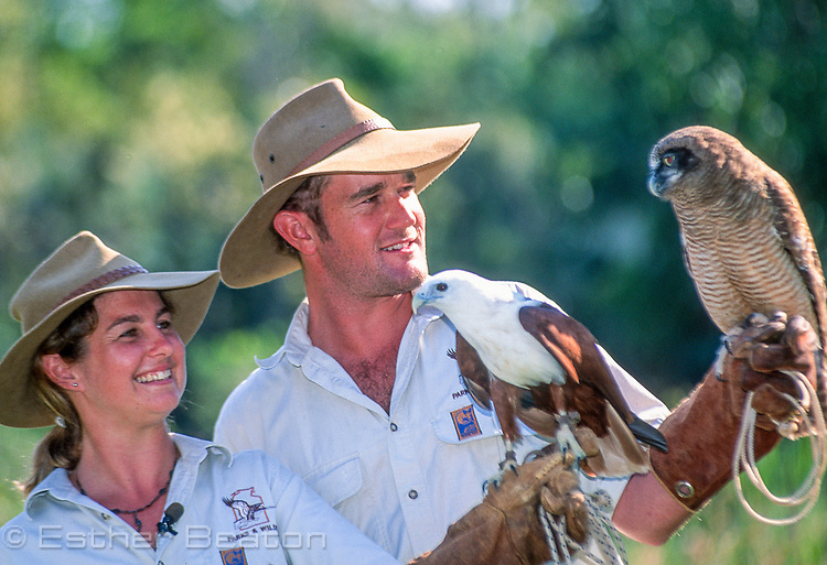 Zookeepers with Brahminy Kite (L) and Rufous Owl (R). Territory Wildlife Park, Darwin, Northern Territory