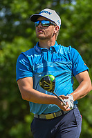 Chris Stroud (USA) watches his tee shot on 9 during Round 1 of the Valero Texas Open, AT&amp;T Oaks Course, TPC San Antonio, San Antonio, Texas, USA. 4/19/2018.<br /> Picture: Golffile | Ken Murray<br /> <br /> <br /> All photo usage must carry mandatory copyright credit (&copy; Golffile | Ken Murray)