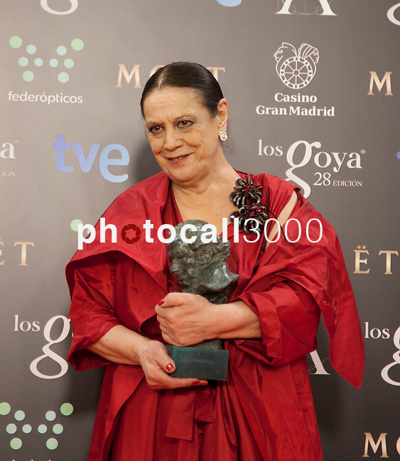 Terele Pavez holds the award after winning the supporting actress at the Goya Film Awards photocall in Madrid on February 9, 2014. Photo by Nacho Lopez/ DyD FOTOGRAFOS-DYDPPA