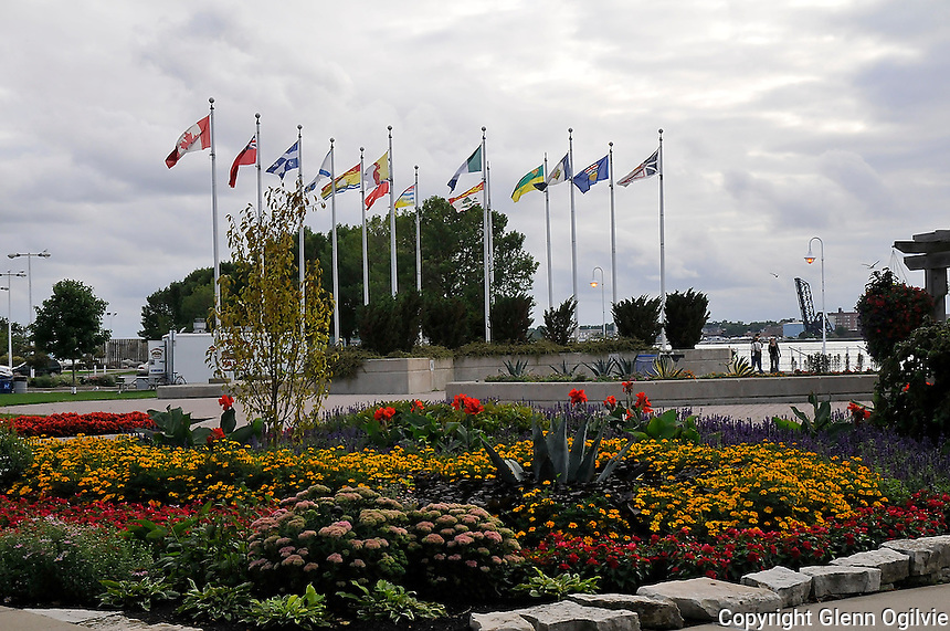 Centennial Park  floral garden with Connie