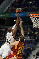 Real Madrid´s Marcus Slaughter and Galatasaray´s Maric during 2014-15 Euroleague Basketball match between Real Madrid and Galatasaray at Palacio de los Deportes stadium in Madrid, Spain. January 08, 2015. (ALTERPHOTOS/Luis Fernandez) /NortePhoto /NortePhoto.com
