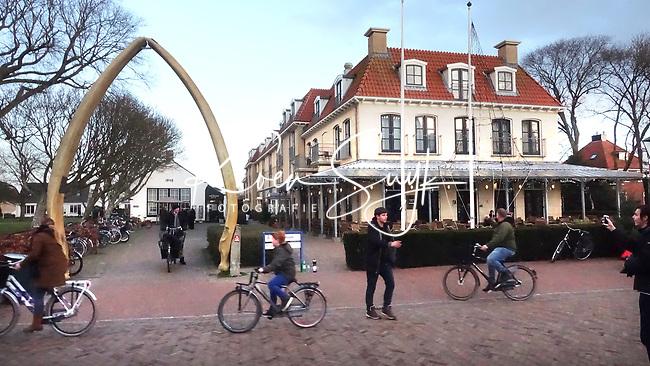 SCHIERMONNIKOOG - Hotel Bernstorff, Waddeneiland Schiermonnikoog.  ANP COPYRIGHT KOEN SUYK