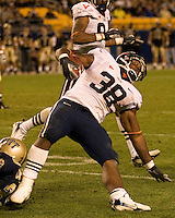 02 September 2006: Virginia running back Jason Snelling..The Pitt Panthers defeated the Virginia Cavaliers 38-13 on September 02, 2006 at Heinz Field, Pittsburgh, Pennsylvania.