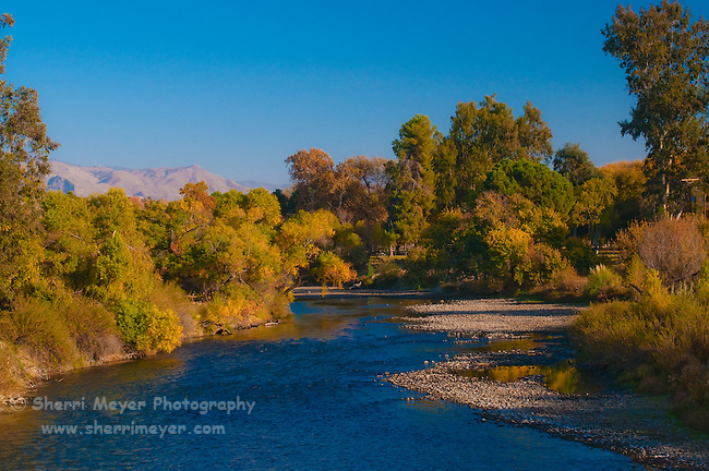 Fall along the Kern River at Hart Memorial Park, Bakersfield, California.
