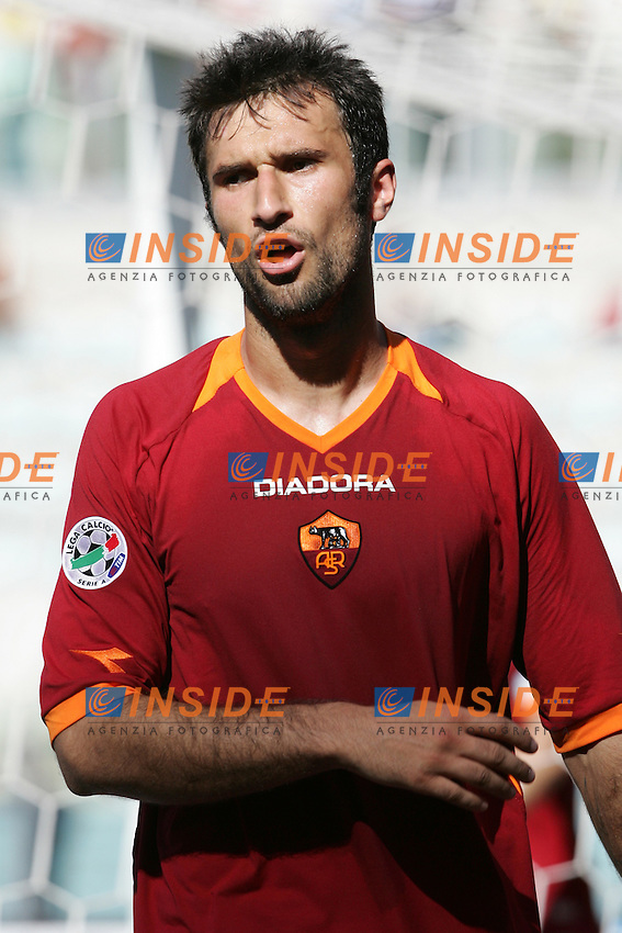 Mirko Vucinic (Roma)<br /> Italian &quot;Serie A&quot; 2006-2007 <br /> 14 May 2007 (Match Day 36)<br /> Roma-Torino (0-1)<br /> &quot;Olimpico&quot; Stadium-Roma-Italy<br /> Photographer:Andrea Staccioli INSIDE