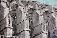 Buttresses with niches containing ecclesiastical figures, flying buttresses, south nave, 13th century, Chartres Cathedral, Eure et Loir, France. Picture by Manuel Cohen
