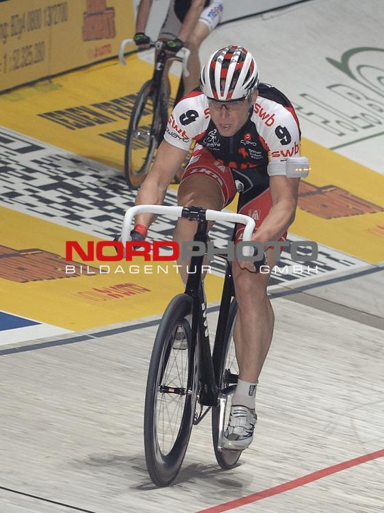 13.01.2014, &Ouml;VB Arena, Bremen, GER, Sixdays Bremen, im Bild Robert Bartko (Team swb #9)<br /> <br /> Foto &copy; nordphoto / Frisch