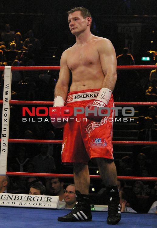 WBC-Weltmeisterschaft Cruisergewicht<br /> <br /> Zsolt Erdei vs. Giacobbe Fragomeni<br /> <br /> Zsolt Erdei<br /> <br /> <br /> <br /> <br /> Foto &copy; nph (  nordphoto  )