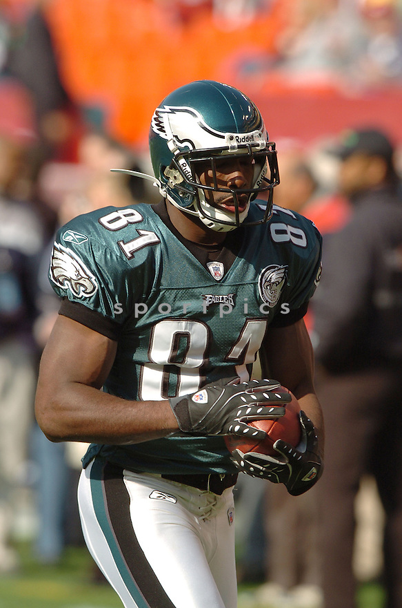 JASON AVANT, of the Philadelphia Eagles in action during the Eagles game against the Washington Redskins on November 11, 2007 in Landover, Maryland...Eagles  win 33-25..SportPics