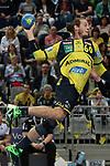 Rhein Neckar Loewe Kim Ekdahl du Rietz (Nr.60) beim Torwurf beim Spiel in der Handball Bundesliga, Rhein Neckar Loewen - HSG Wetzlar.<br /> <br /> Foto &copy; PIX-Sportfotos *** Foto ist honorarpflichtig! *** Auf Anfrage in hoeherer Qualitaet/Aufloesung. Belegexemplar erbeten. Veroeffentlichung ausschliesslich fuer journalistisch-publizistische Zwecke. For editorial use only.