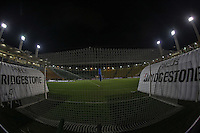 SAO PAULO, 27 FEVEREIRO 2013 - TAÇA LIBERTADORES DA AMÉRICA - CORINTHIANS X MILLONARIOS - Vista geral do Estádio Paulo Machado de Carvalho, o Pacaembu, onde acontece a partida entre Corinthians x Millonarios que por determinação da Conmebol será realizada com os portões fechados na noite desta quarta-feira, 27. (FOTO: WILLIAM VOLCOV / BRAZIL PHOTO PRESS).