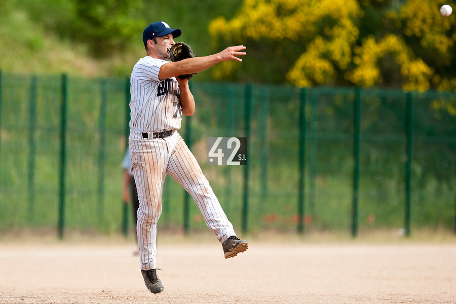 23 May 2009: Dany Scalabrini of Rouen throws the ball to second base during the 2009 challenge de France, a tournament with the best French baseball teams - all eight elite league clubs - to determine a spot in the European Cup next year, at Montpellier, France. Rouen wins 6-2 over La Guerche.