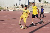 PALESTINA, RAMALLAH: Equipe de futebol dos filhos da comunidade brasileira na cidade de Ramallah, na Palestina. <br /> Na Palestina, h&aacute; mais de quatro mil cidad&atilde;os brasileiro, e as rela&ccedil;&otilde;es do Brasil-Palestina em melhoria cont&iacute;nua. <br /> Rela&ccedil;&otilde;es Brasil-Palestina se refere &agrave; rela&ccedil;&atilde;o bilateral atuais e hist&oacute;ricas entre Brasil e Palestina. O Brasil reconheceu oficialmente o Estado Palestino em 5 de dezembro de 2010. <br /> (FOTO: ABDALKARIM MUSEITEF / BRAZIL PHOTO PRESS).