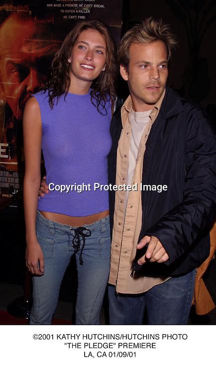 """©2001 KATHY HUTCHINS/HUTCHINS PHOTO.""""THE PLEDGE"""" PREMIERE.LA, CA 01/09/01."""